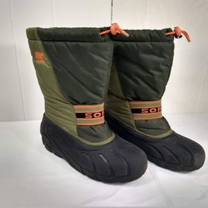 SOREL WOMENS 6 GREEN ORNAGE SNOW BOOT MIDCALF